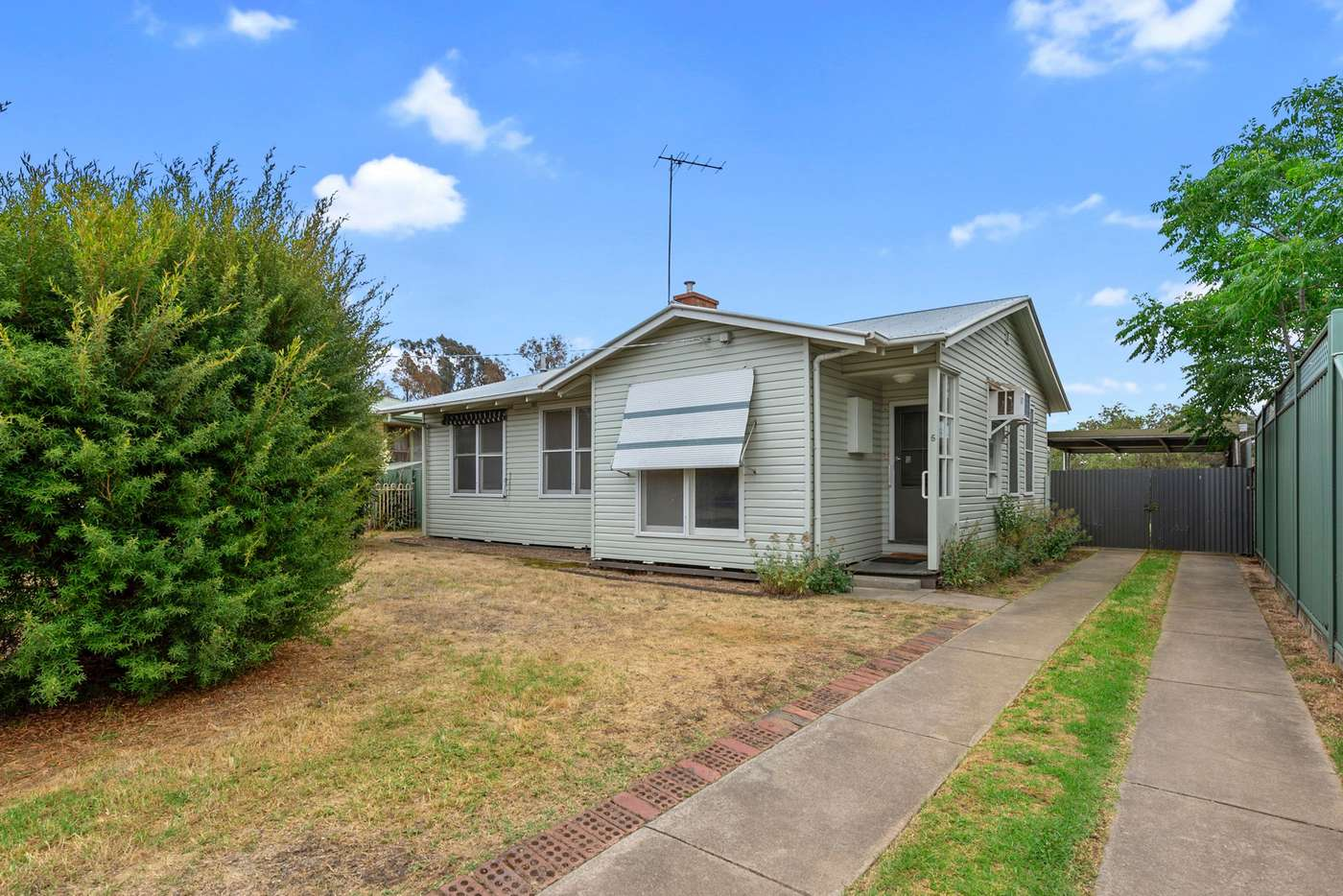 Main view of Homely house listing, 5 Rattray Avenue, Wangaratta, VIC 3677