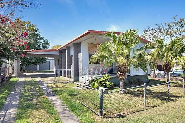 2 Russell Street, Silkstone QLD 4304