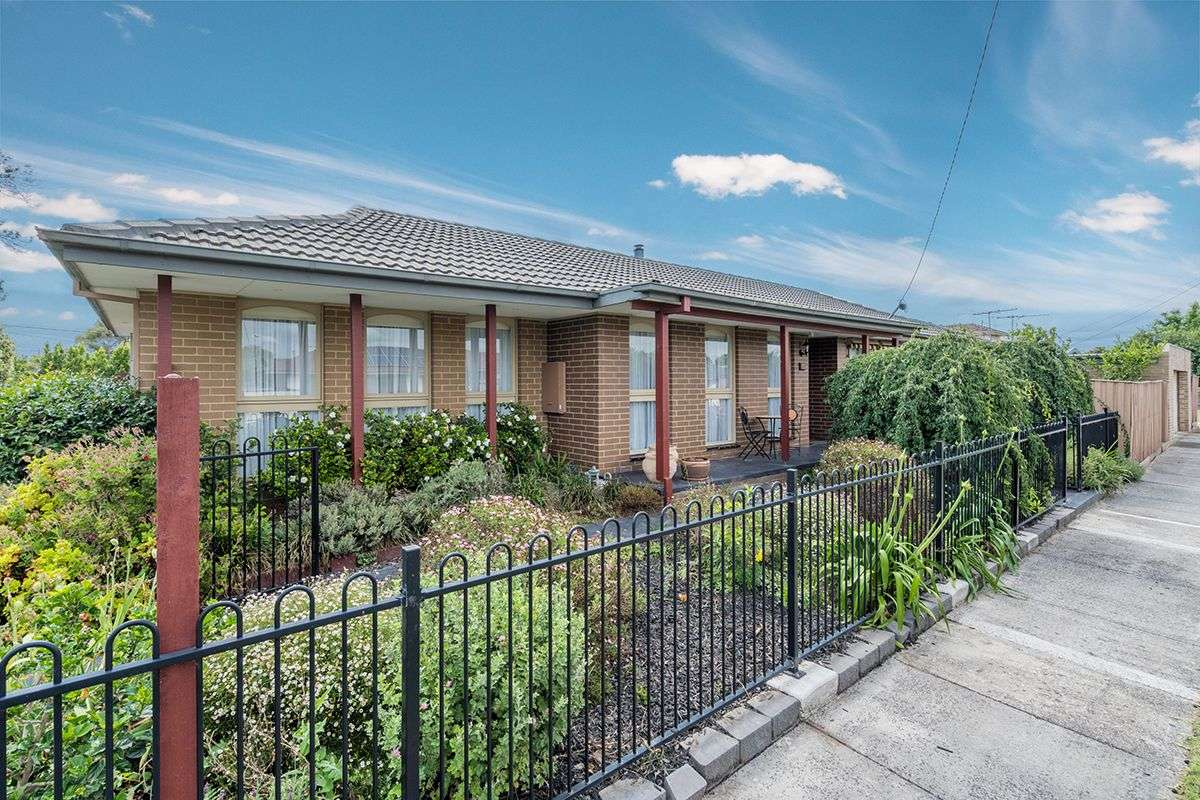 Main view of Homely house listing, 50 Wattleglen Street, Craigieburn, VIC 3064