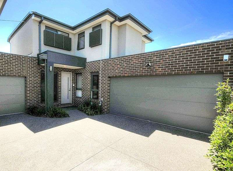 Main view of Homely townhouse listing, 2/68 Delmore Crescent, Glen Waverley, VIC 3150