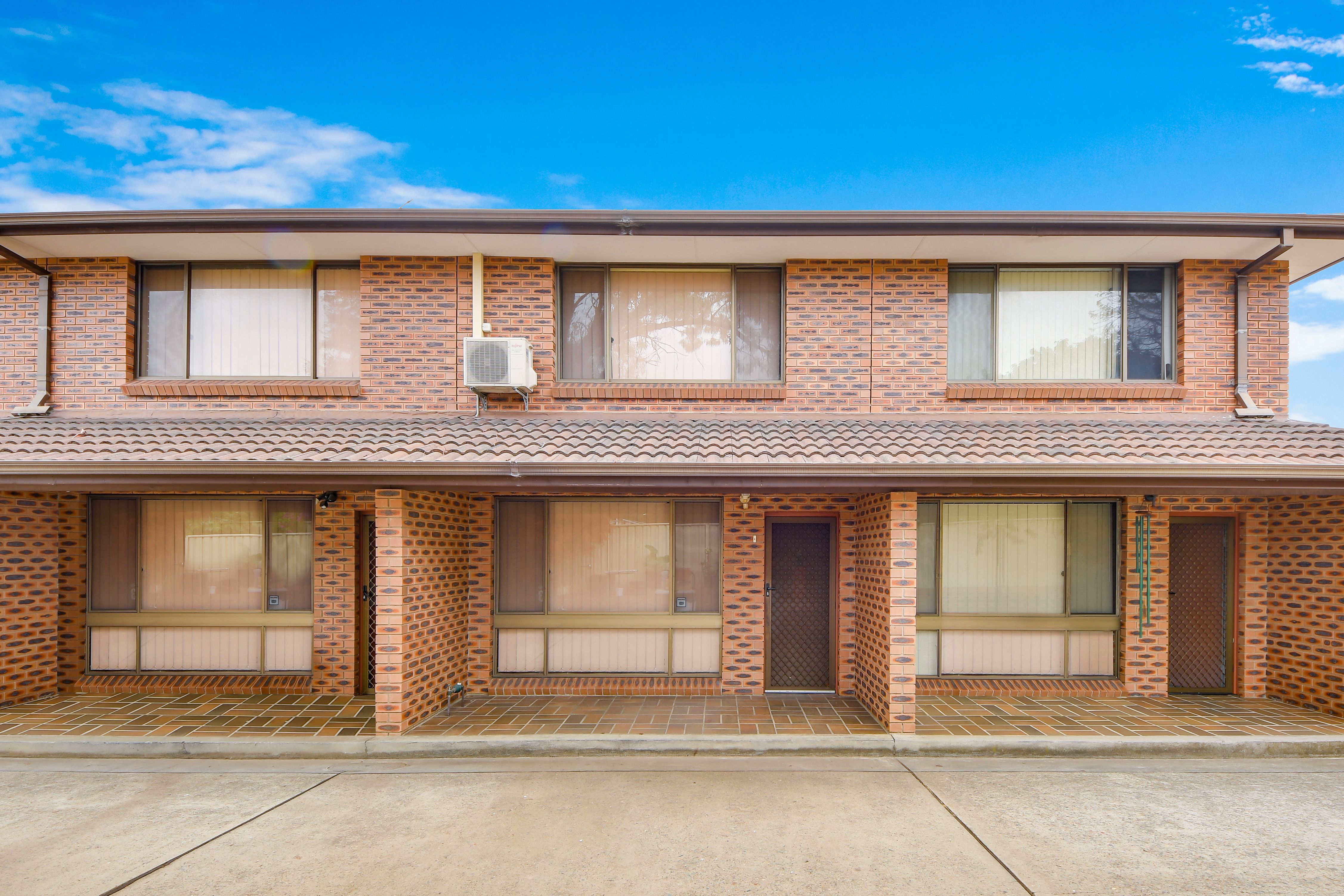 4/1 Atchison Road