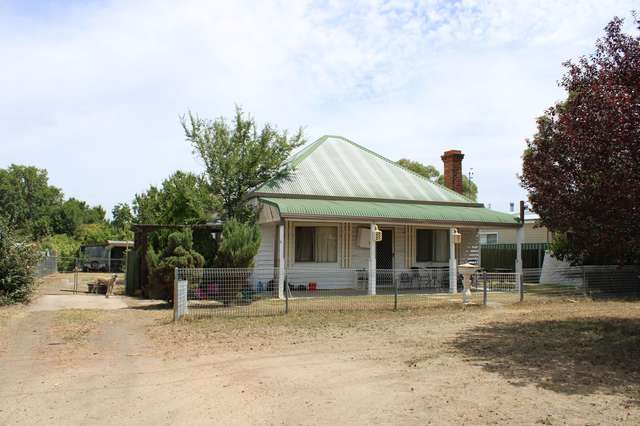 16 Chester Street, Inverell NSW 2360