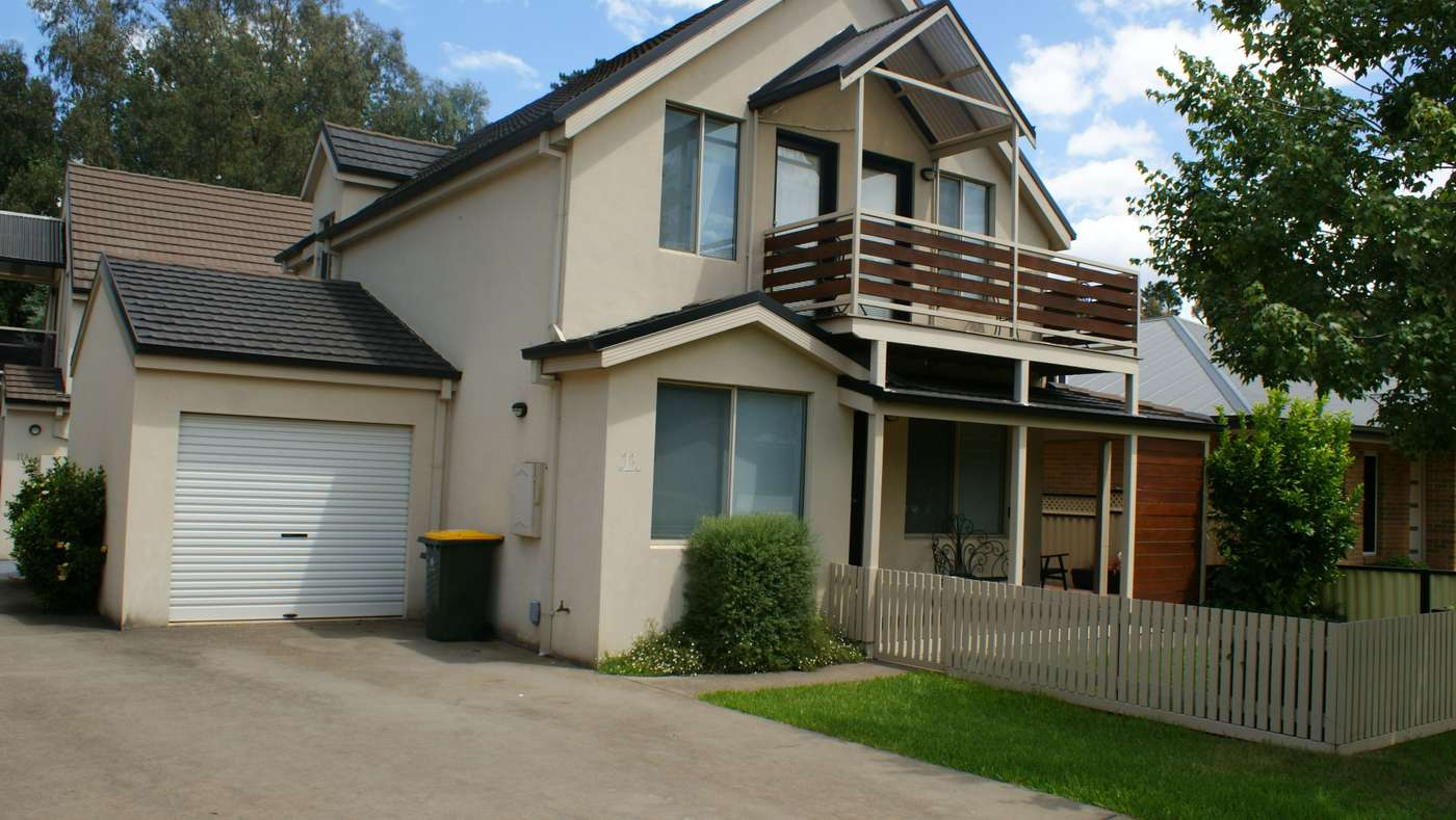 Main view of Homely townhouse listing, 11 Georgian Court, Bright, VIC 3741