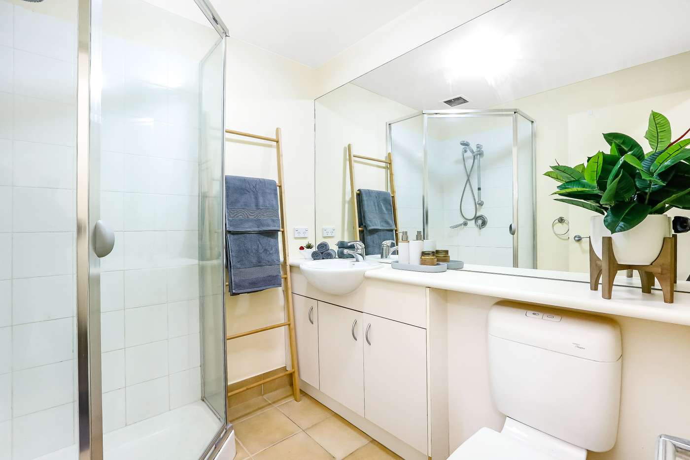 Sixth view of Homely apartment listing, 5119/570 Lygon Street, Carlton VIC 3053