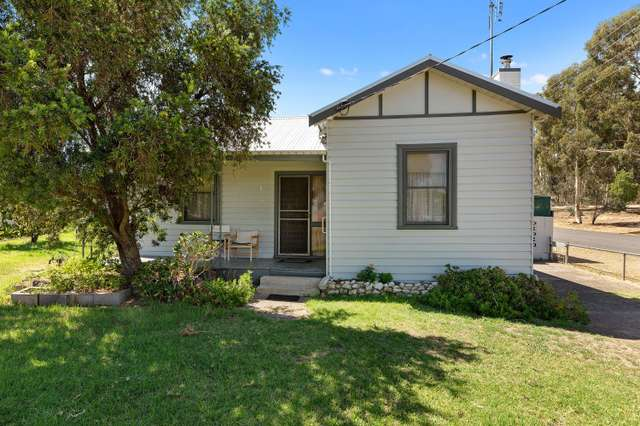 42 Barkly Street, Dunolly VIC 3472