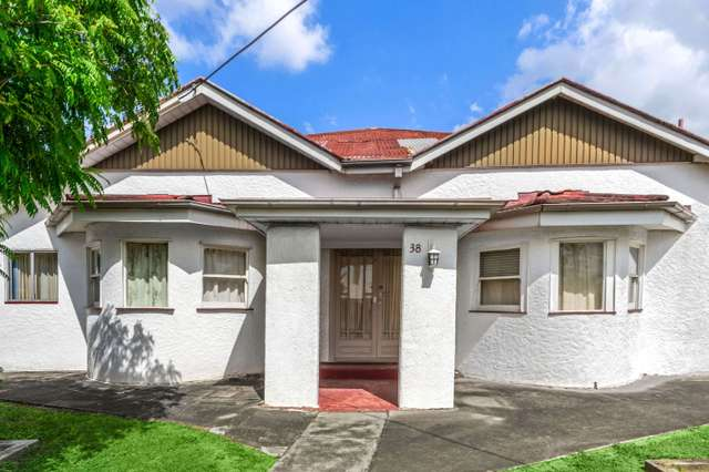38 Arthur Terrace, Red Hill QLD 4059