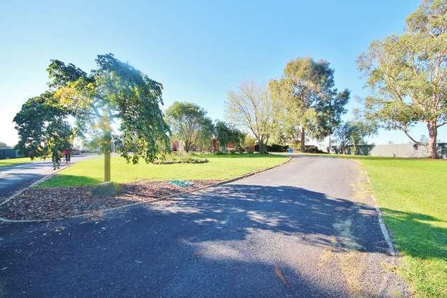 21 Iandra Street, Young NSW 2594