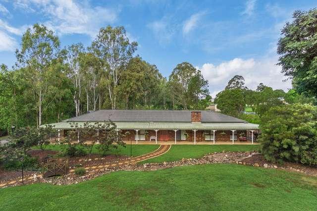 343 Bridgeman Road, Bridgeman Downs QLD 4035
