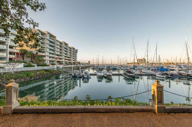 2205/6 Mariners Drive, Townsville City QLD 4810