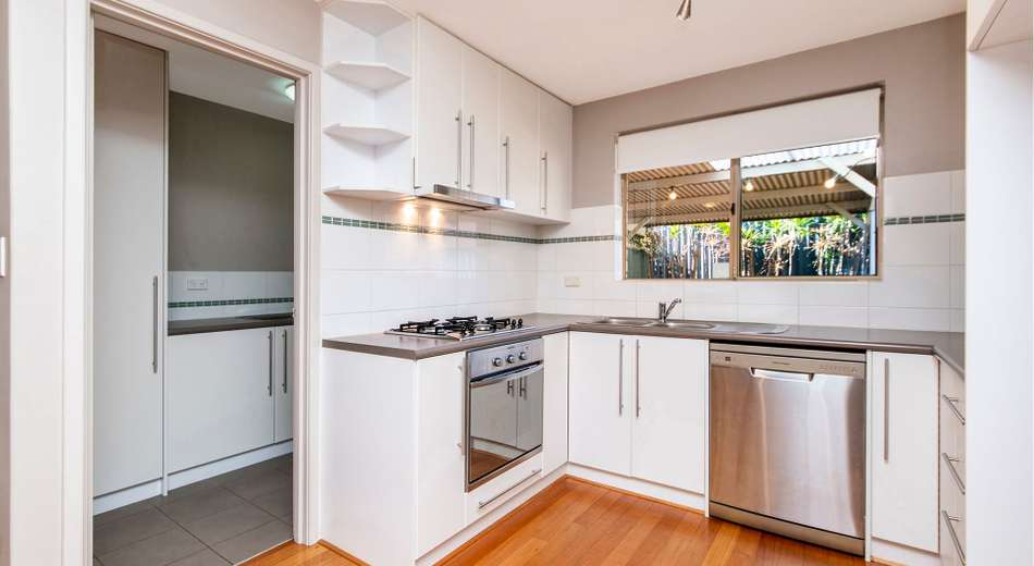 9/194 Canning Highway