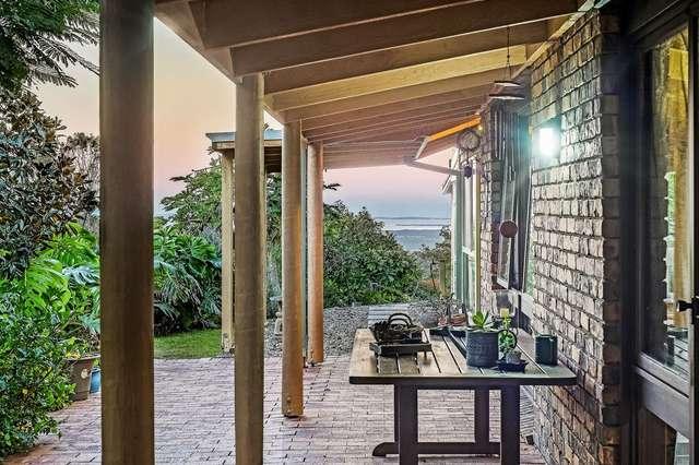 8 Banjo Paterson Drive, Ocean View QLD 4521
