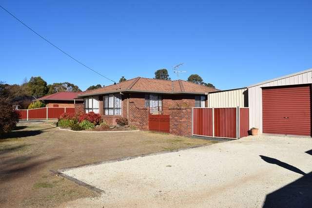 36 Manse Street, Guyra NSW 2365