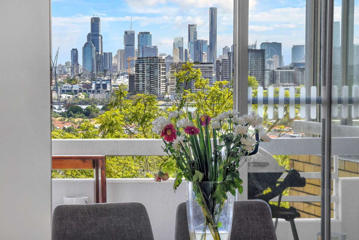 Main view of Homely apartment listing, 4/16 Mullens Street, Hamilton QLD 4007