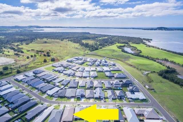 13 Peninsula Avenue, Haywards Bay NSW 2530