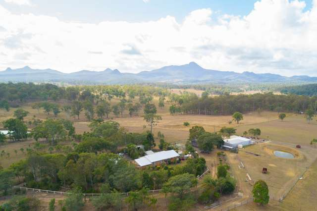 527 Limestone Ridges Road, Peak Crossing QLD 4306