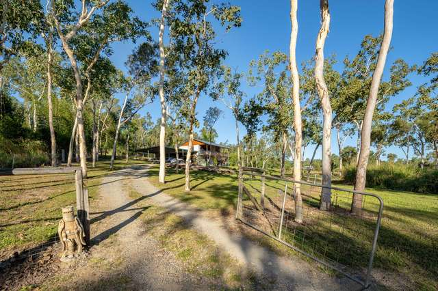 286 Sugarloaf Road, Riordanvale QLD 4800