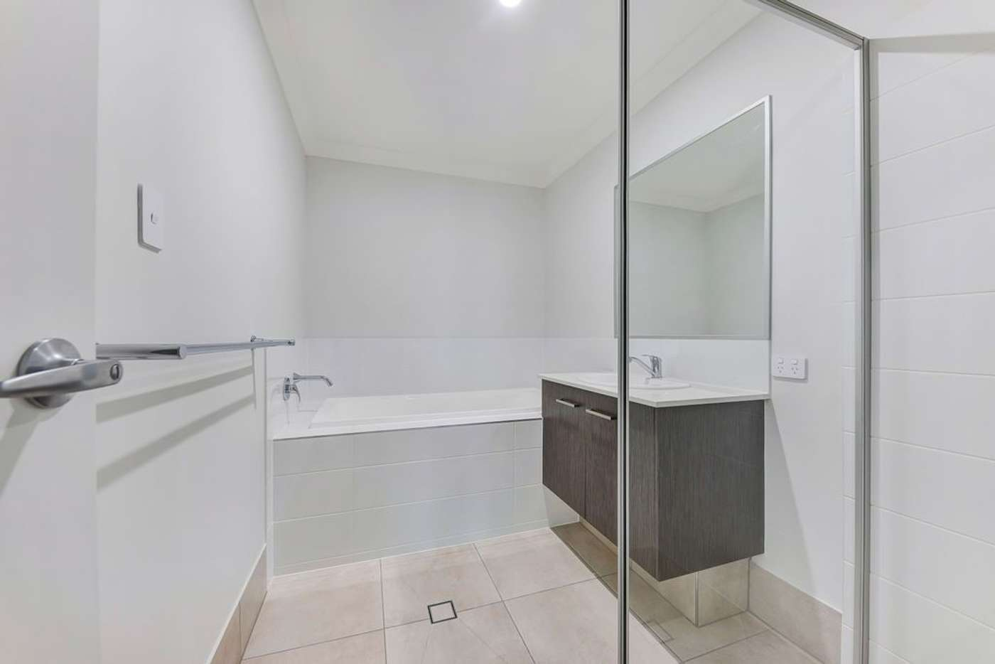 Sixth view of Homely unit listing, 10B Kurrajong Close, Mooloolah Valley QLD 4553