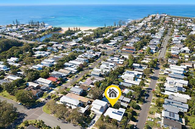 83 Nothling Street, Moffat Beach QLD 4551
