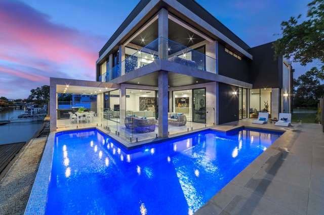 31 Southern Cross Drive, Surfers Paradise QLD 4217