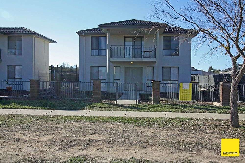 Main view of Homely townhouse listing, 4/4-6 McMahon Drive, Bungendore, NSW 2621