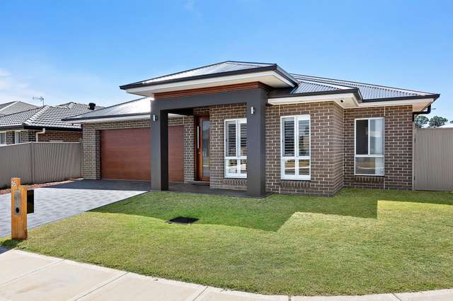 35 Rosecomb Road, Spring Farm NSW 2570