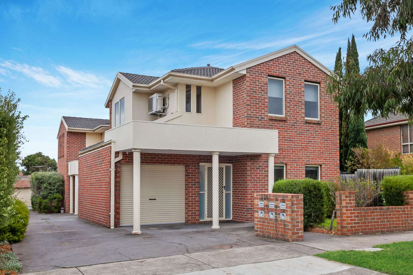 Main view of Homely townhouse listing, 1/17 Stymie Street, Kingsbury, VIC 3083