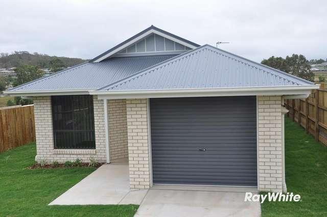 11 Downs Street, Glenvale QLD 4350