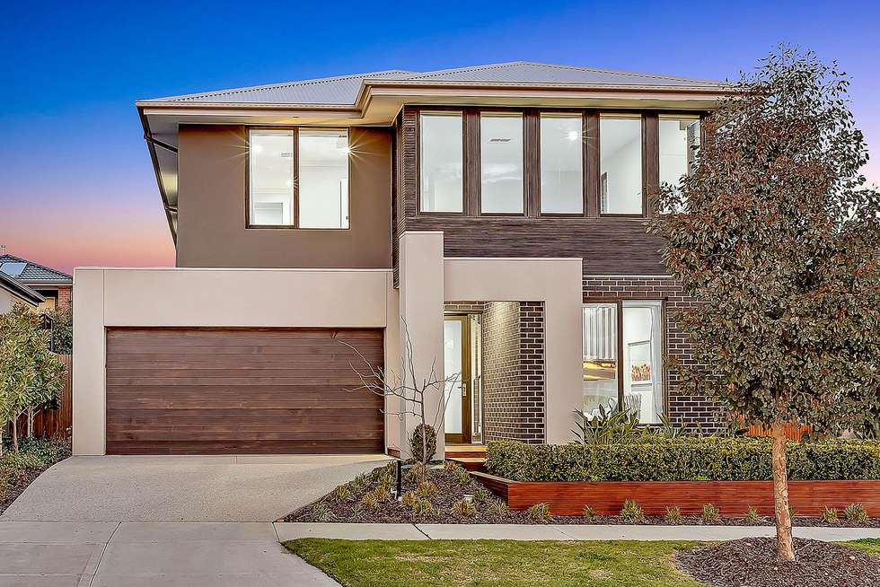 24 Dawnview Crescent, Roxburgh Park VIC 3064