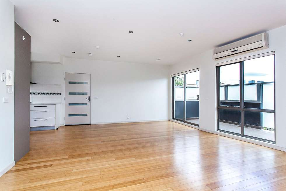 Second view of Homely apartment listing, 13/1 Kenilworth Parade, Ivanhoe VIC 3079