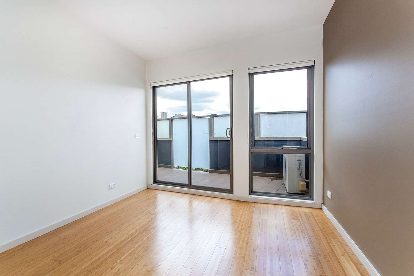 Sixth view of Homely apartment listing, 13/1 Kenilworth Parade, Ivanhoe VIC 3079