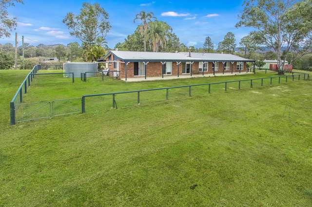 22 Sunbird Court, Moorina QLD 4506