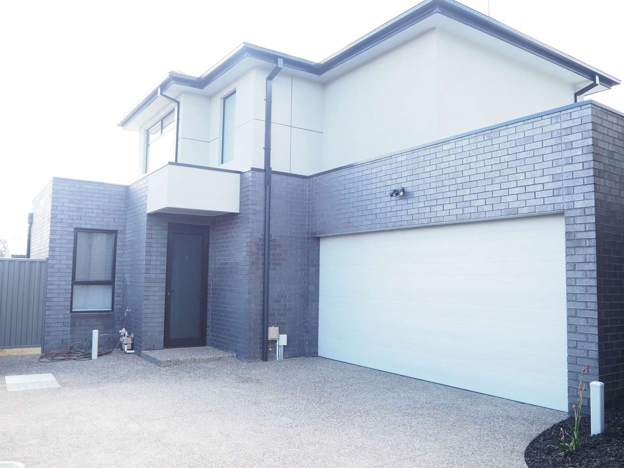 Main view of Homely townhouse listing, 4/18 View Street, Reservoir, VIC 3073