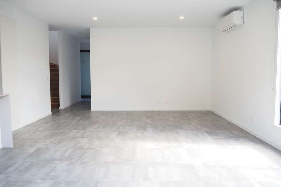 Fourth view of Homely townhouse listing, 4/18 View Street, Reservoir VIC 3073