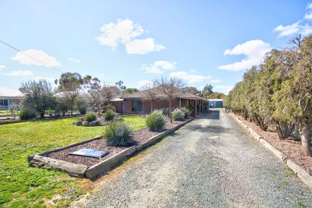19 Hotham Street, Rochester VIC 3561