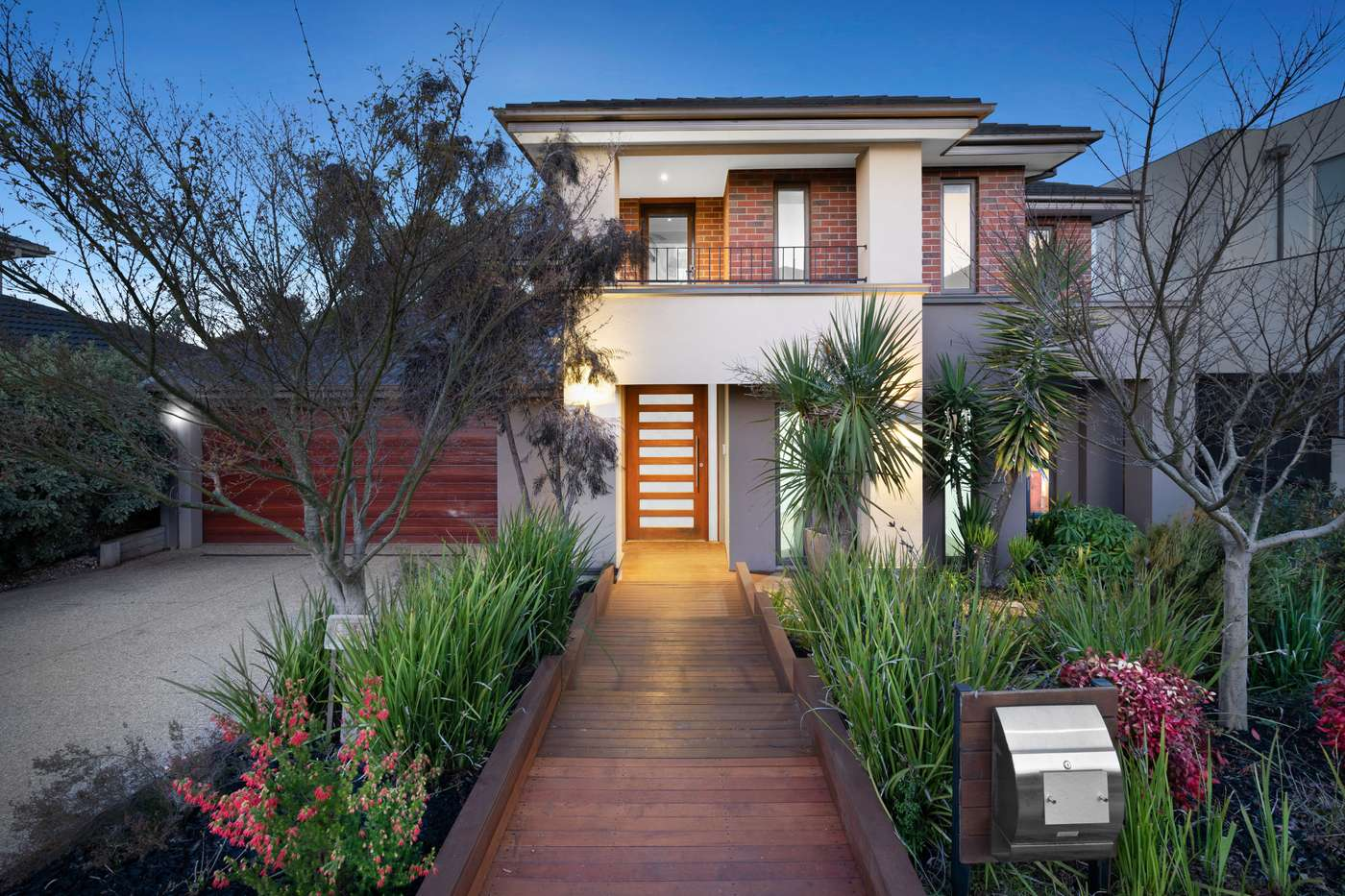 Main view of Homely house listing, 33 Fitzjohns Drive, Bundoora, VIC 3083