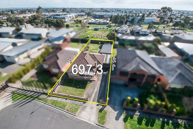 6 Robson Avenue, Avondale Heights VIC 3034