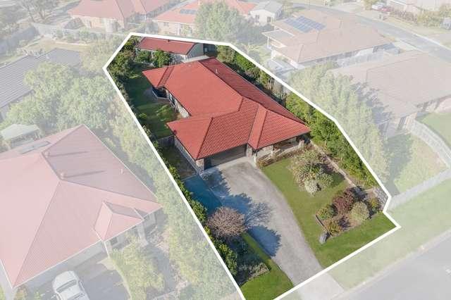 3 Vernon Place, Edens Landing QLD 4207