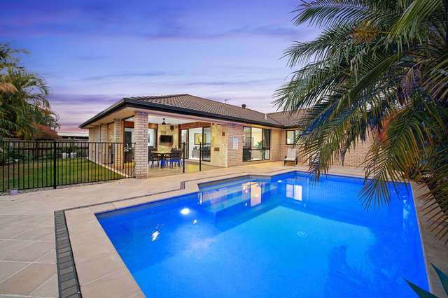 13 Tandanus Court, Oxenford QLD 4210