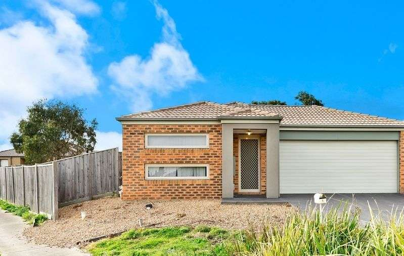 Main view of Homely house listing, 1 Kakadu View, South Morang, VIC 3752