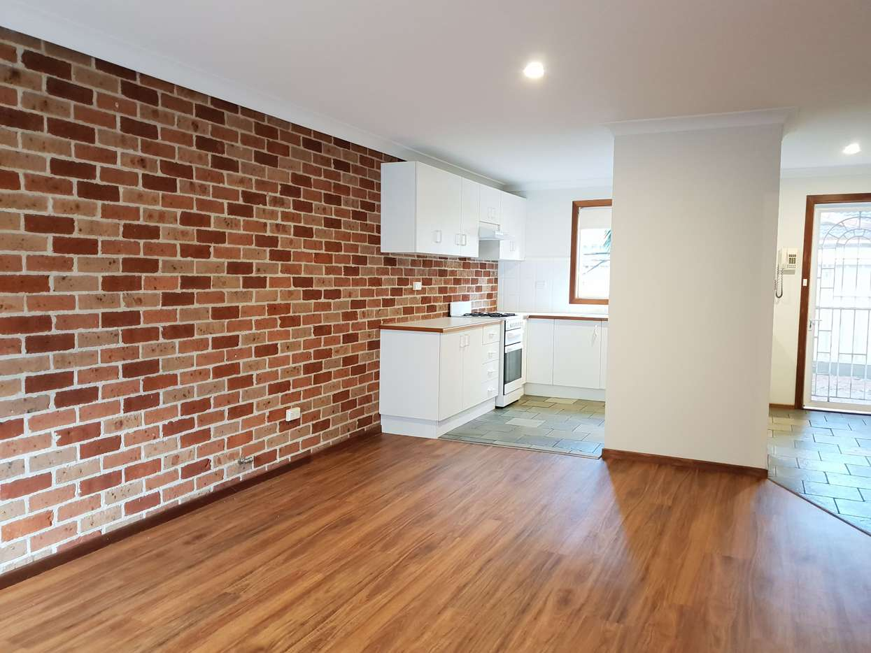 Main view of Homely townhouse listing, 1/46 Bateman Avenue, Albion Park Rail, NSW 2527