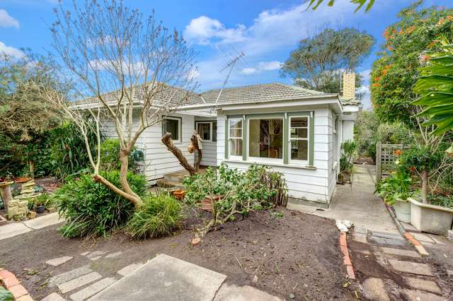 6 Donald Crescent, Dromana VIC 3936