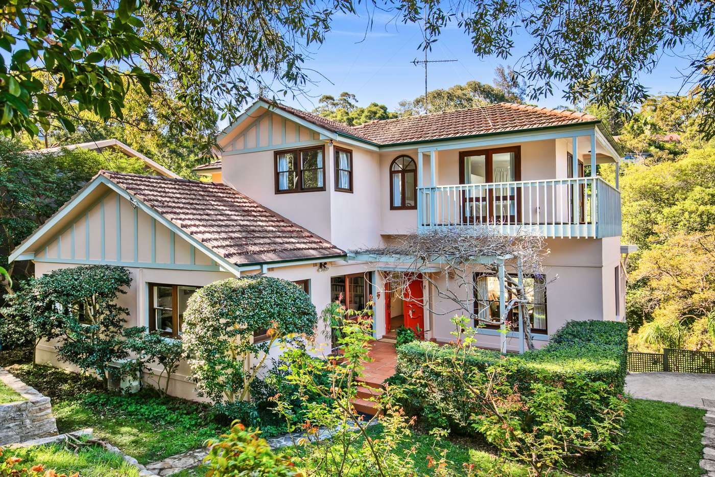 Main view of Homely house listing, 92 The Bulwark, Castlecrag NSW 2068