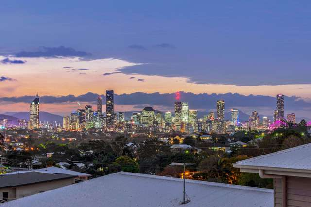 77 City View Road, Camp Hill QLD 4152