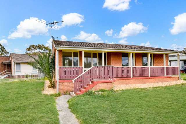 7 Foxlow Place, Airds NSW 2560
