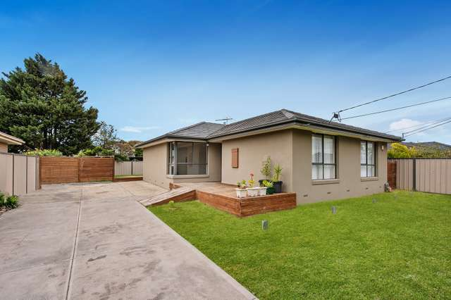 32 Cromwell Road, Kings Park VIC 3021