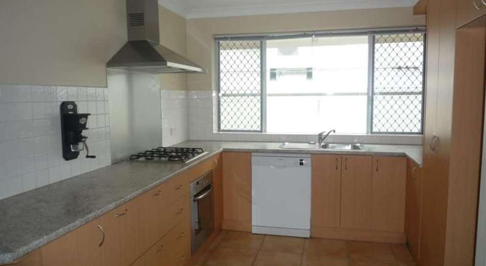 2/4 Beaufort Street, Alderley QLD 4051