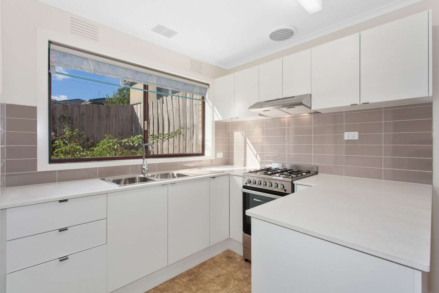Main view of Homely unit listing, 2/103 Huntingdale Road, Chadstone, VIC 3148