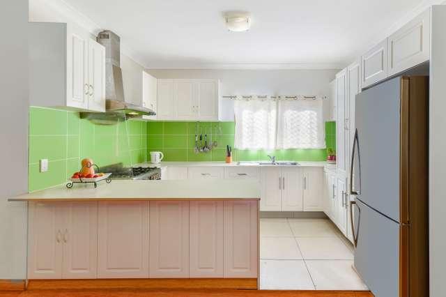 27A Evelyn Street, Macquarie Fields NSW 2564