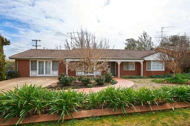 30 Loughnan Street, Coolamon NSW 2701
