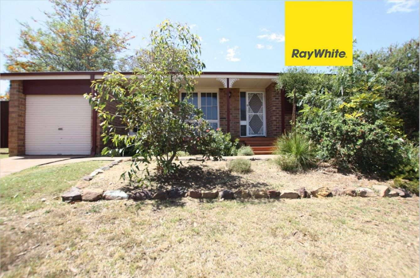 Main view of Homely house listing, 11 Tremlow Crescent, Ambarvale, NSW 2560